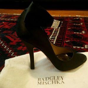 NWPT Badgley Mischka Black Peep Toe Satin Heels